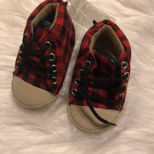 NWT Baby GAP Buffalo Plaid Shoes 02 3-6